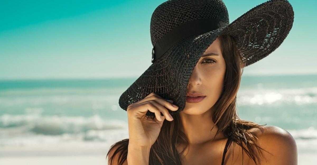 Pălării de damă pentru veri caniculare: 7 modele simpatice