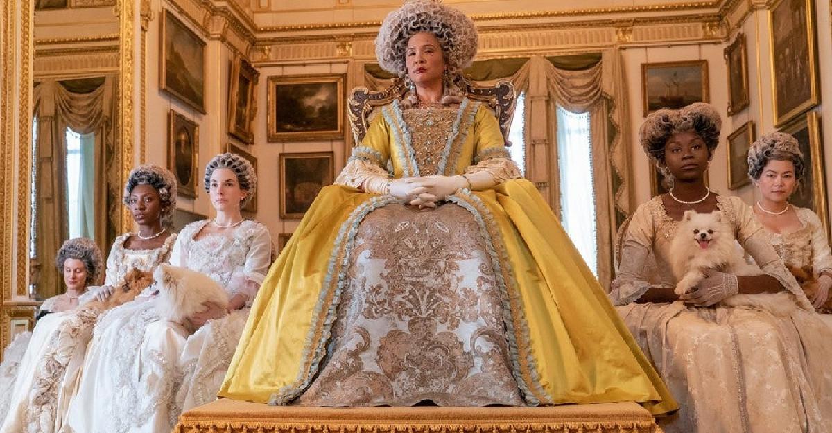 Bridgerton: Cum s-a transformat un pariu îndrăzneț în cel mai vizionat serial Netflix