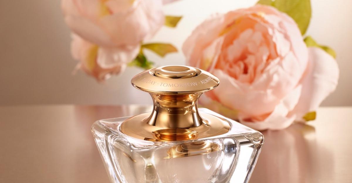 AVON inovează și lansează TTA Eternal, primul parfum pe bază de gel din România