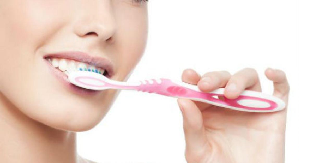 (P) Solutii naturale si sanatoase pentru igiena orala
