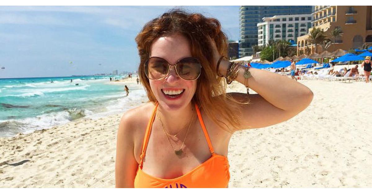 Foto: Aceasta femeie a facut o poza pe plaja, in costum de baie. Ce a urmat? MINUNAT
