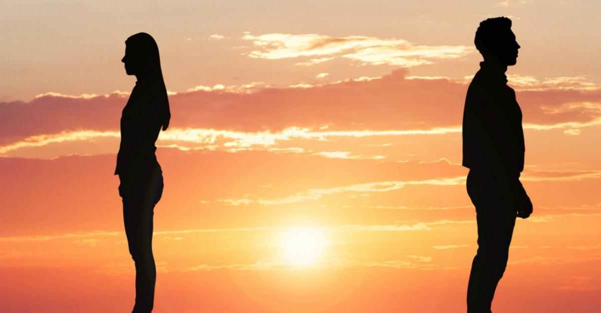 Ce poti sa faci cand partenerul tau vrea sa fie singur tot timpul