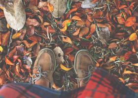 Pantofi stil mocasini de toamnă: modele noi - asortează-i cu orice ținută!