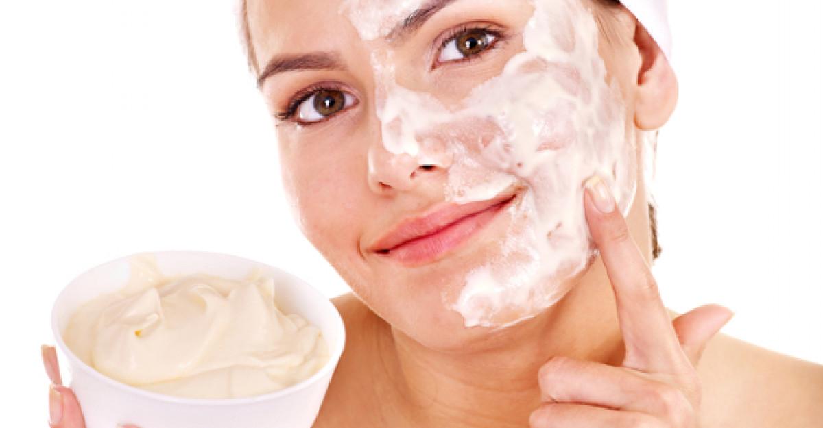 3 masti faciale care pot inlocui toata gama de produse cosmetice