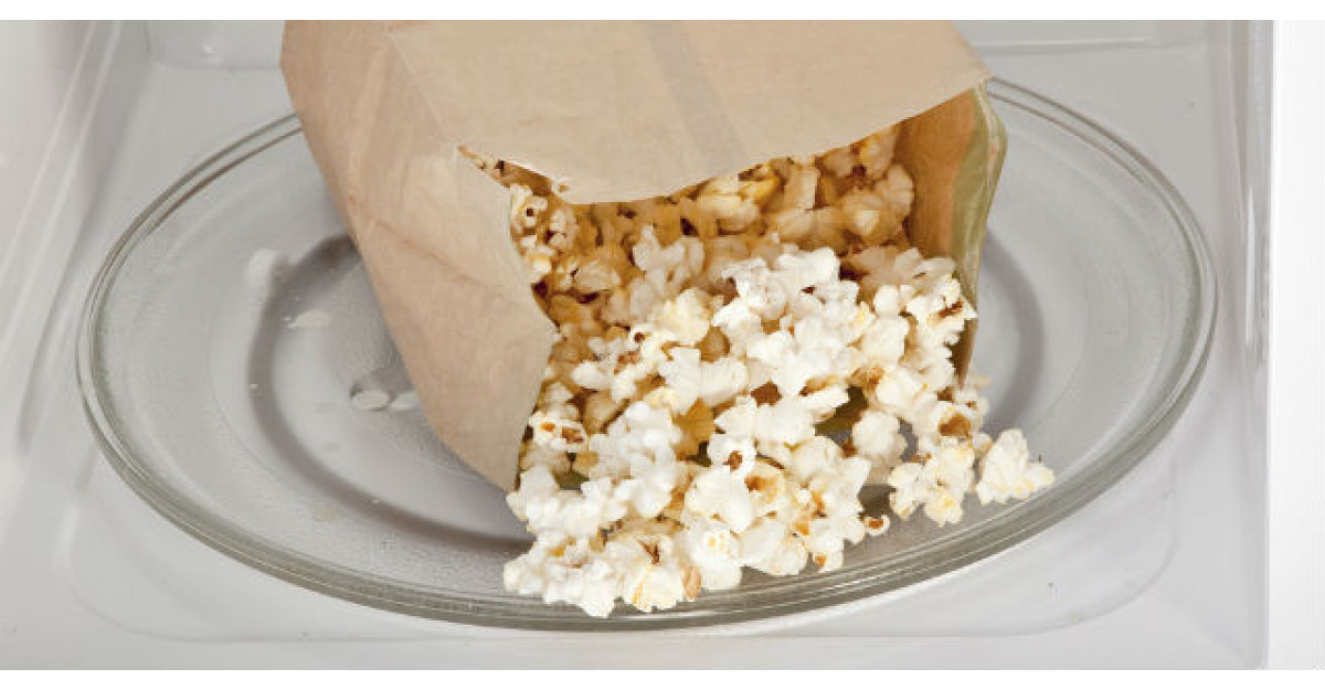 Cat de nesanatos este popcornul la microunde. Nu o sa mai mananci niciodata