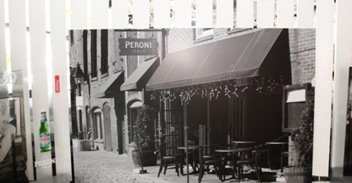 Peroni Nastro Azzurro aniverseaza 50 de ani de eleganta in stil italian