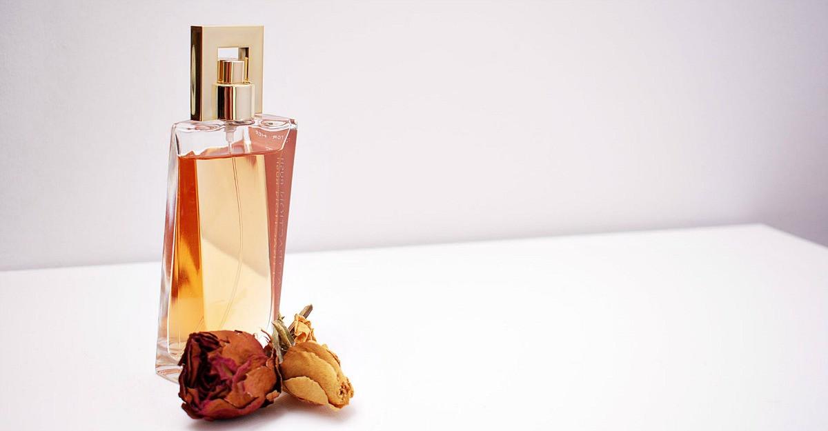Black Friday la Elefant - 6 parfumuri de lux la reducere pentru ea