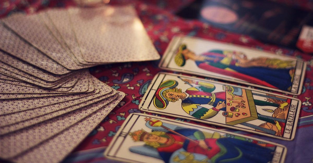 Secretul Arcanei Majore: Cartea de Tarot care iti influeteaza zodia