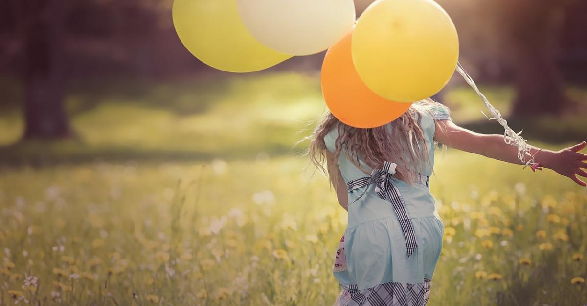 Împlinirea începe încă din copilărie.Cum contribuie părinții la formarea unui adult fericit?