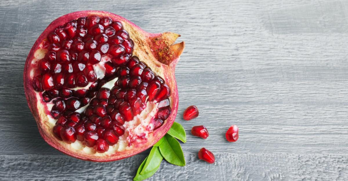 Este sezonul rodiilor, fructele minune pentru organism!
