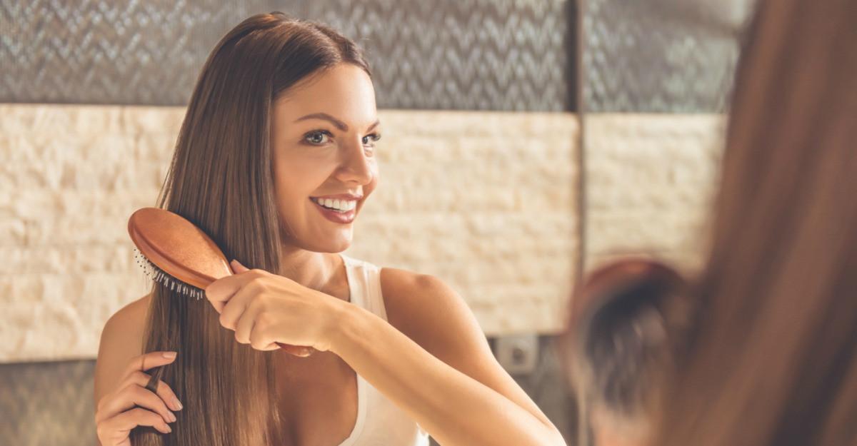 Părul tău suferă? Află 6 obiceiuri necesare pentru un păr sănătos