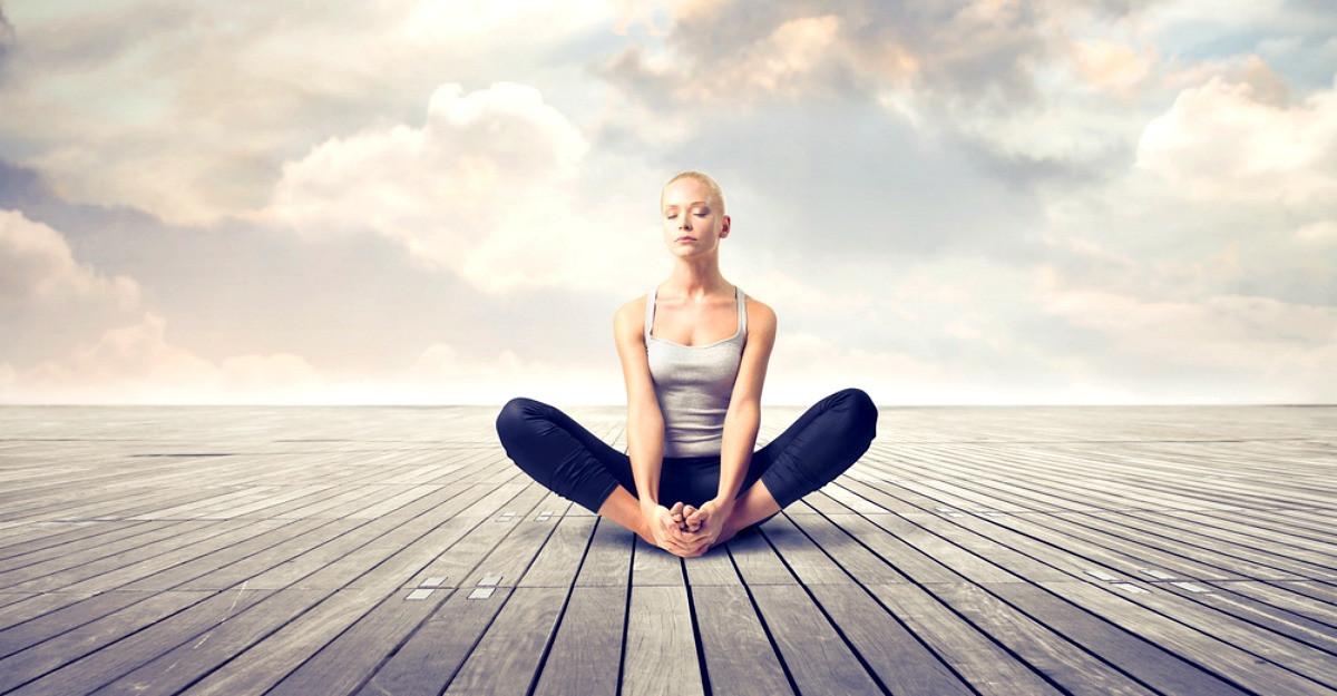 3 moduri de a-ti vindeca relatiile prin yoga si meditatie