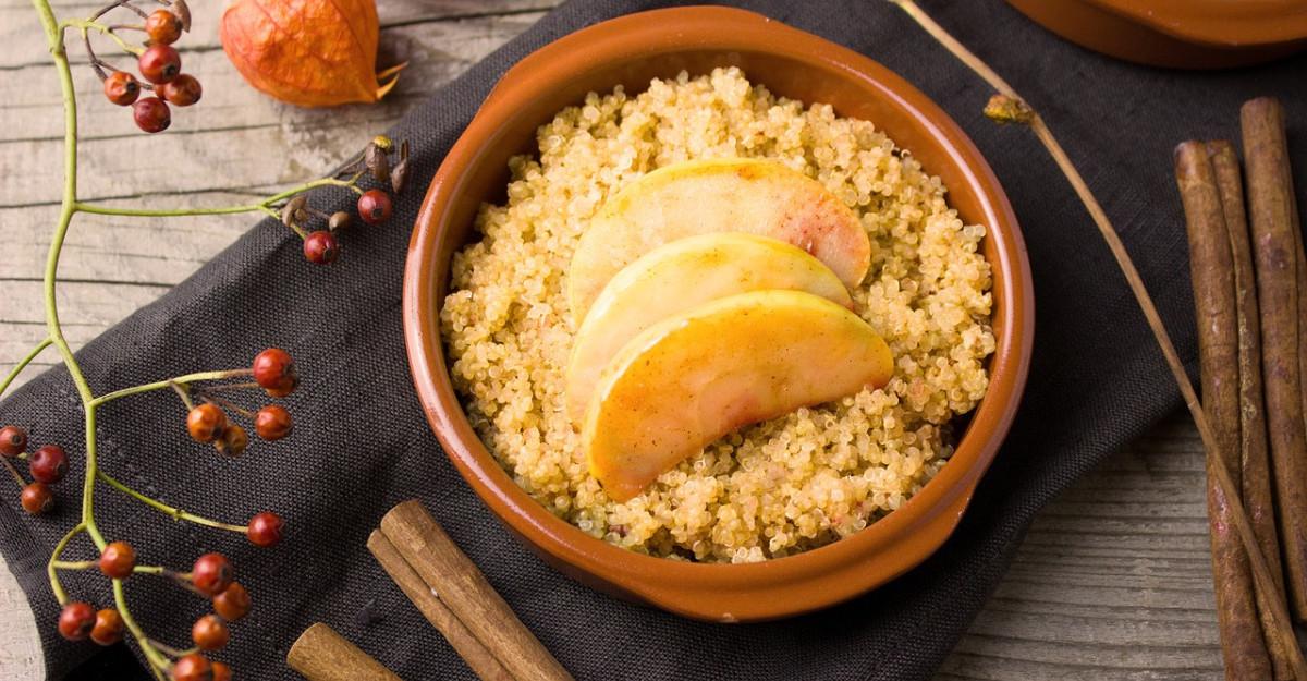 Budinca de quinoa cu vanilie pentru micul dejun: Poate fi combinata cu orice fruct!