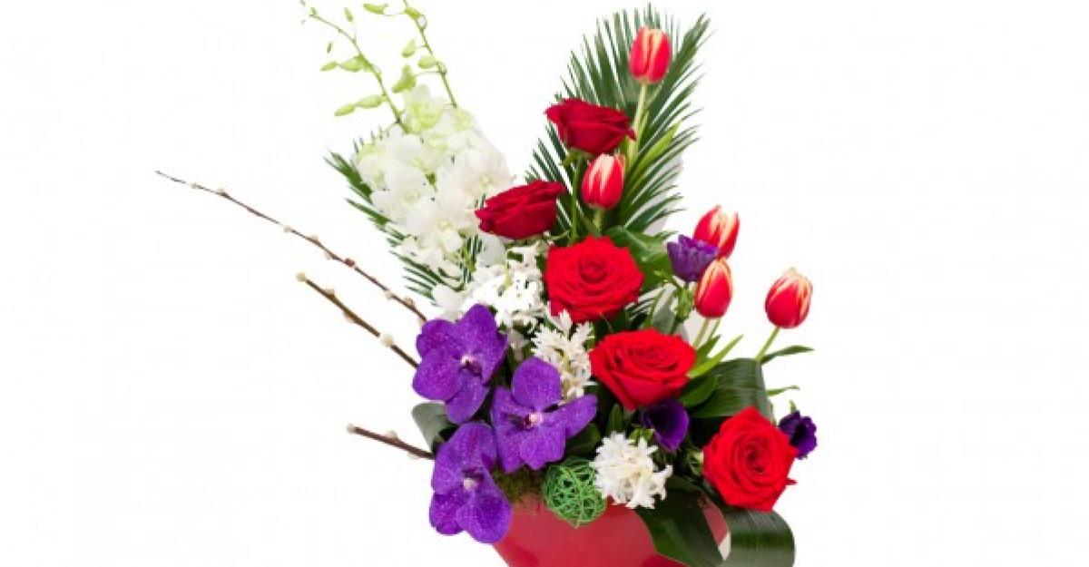 Comanda flori online de la Baiatul cu Flori