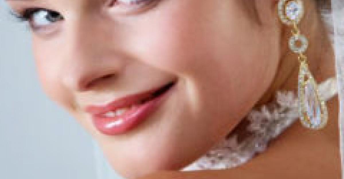 Bijuterii si accesorii ultrafeminine pentru mirese