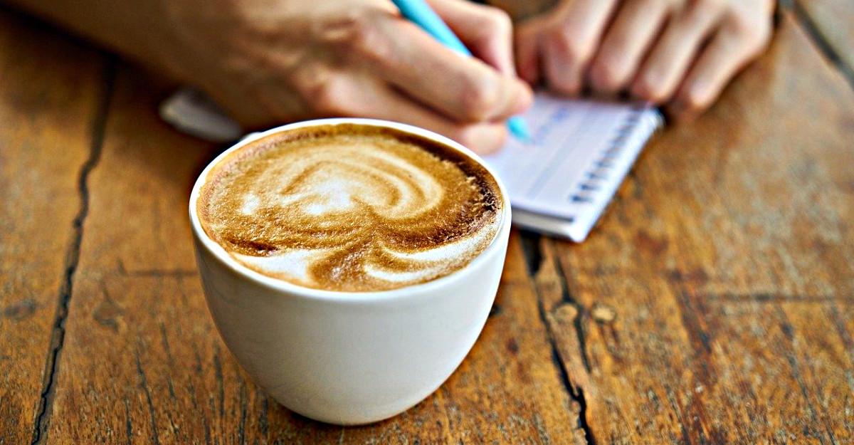 3 retete de bauturi delicioase pentru momentele in care iti e dor de cafeneaua preferata