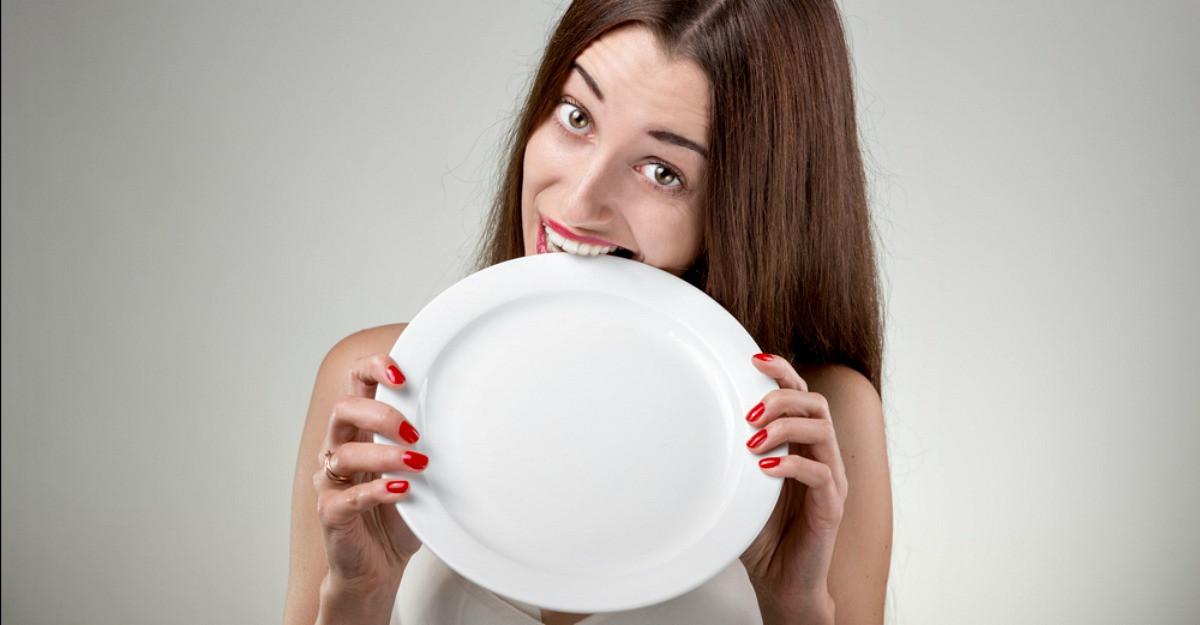 3 motive pentru care ti-e foame tot timpul