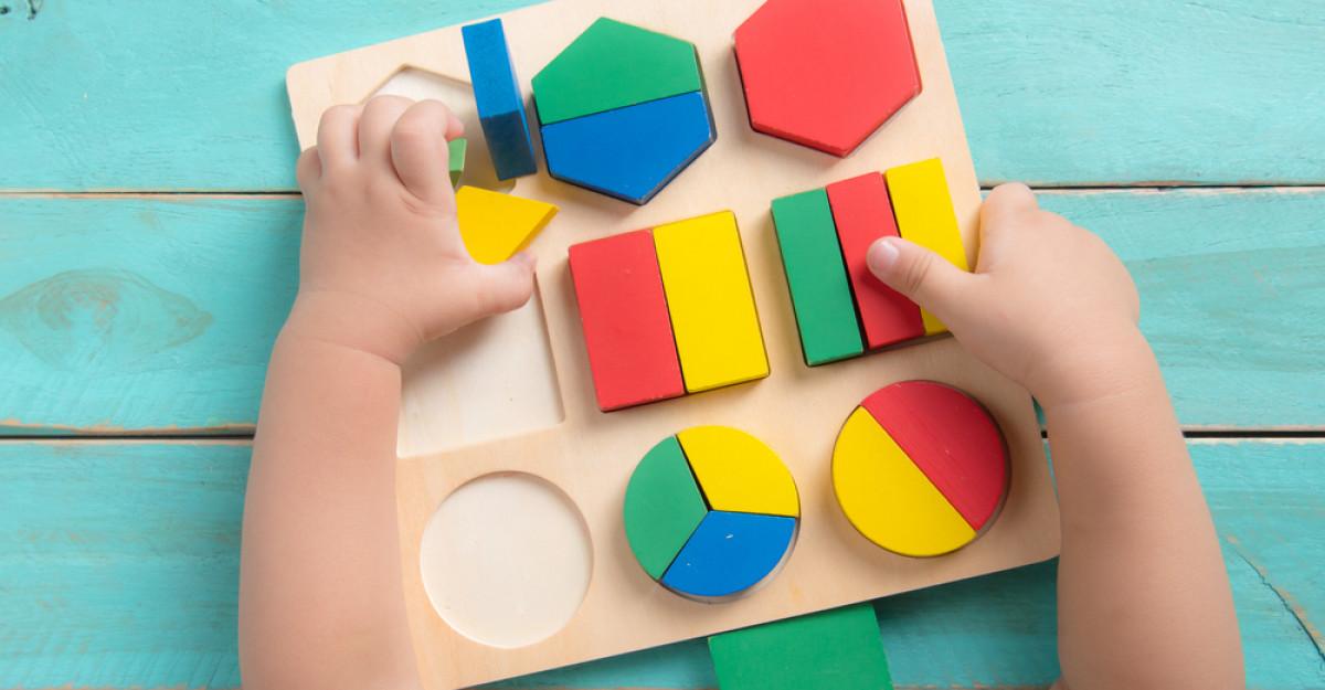 5 Jocuri și activități Montessori pentru copiii cu vârste între 1-2 ani