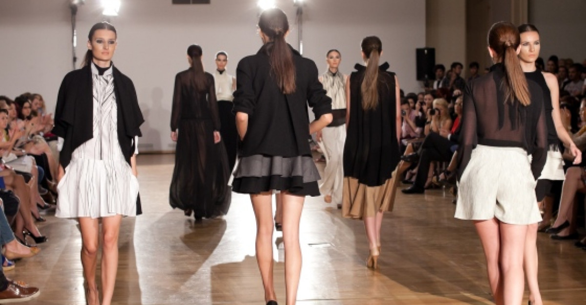 Gala Avanpremiere- Un regal de moda romaneasca