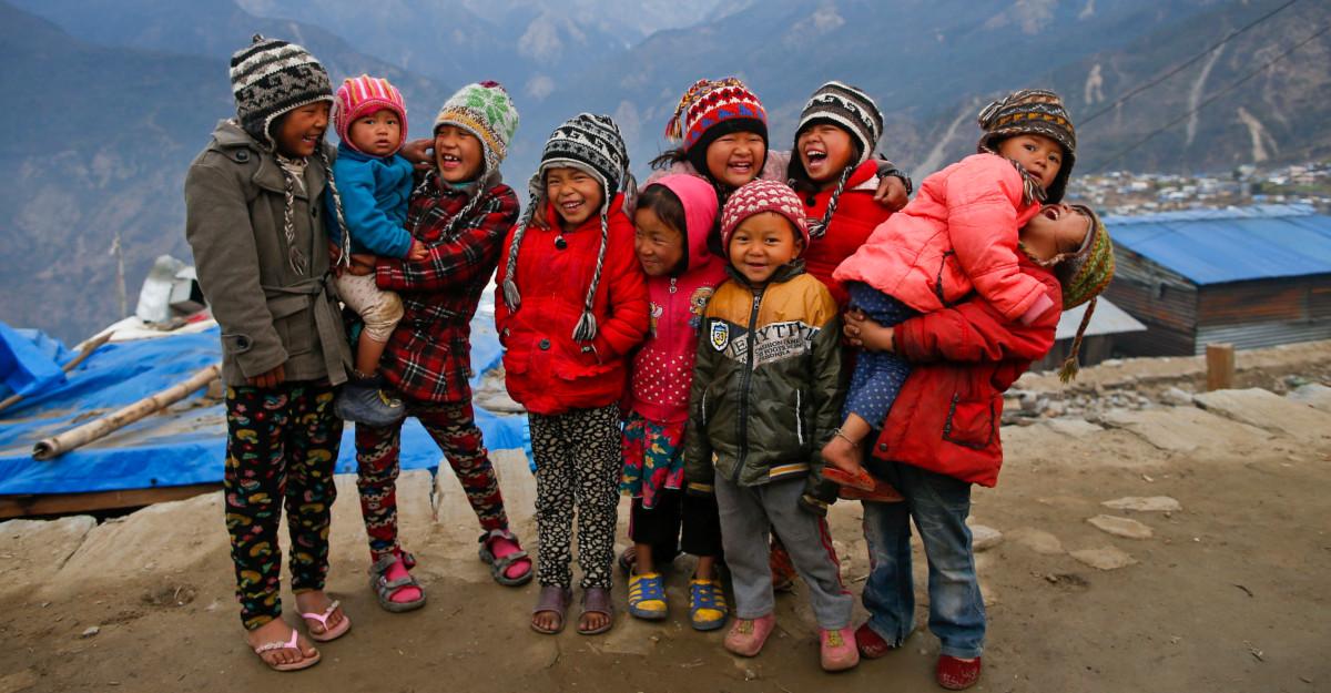 """Millie Bobby """"Blue"""" joacă rolul principal în noul video realizat de UNICEF pentru Ziua Internațională a Drepturilor Copilului"""