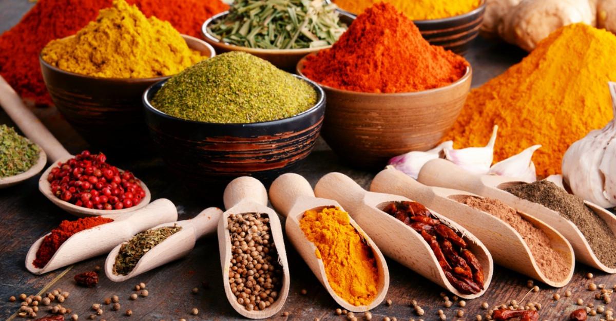 Condimentele din bucătărie, beneficii pentru sănătate