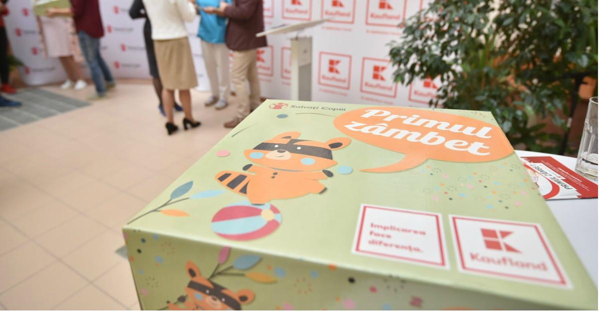 Kaufland România aduce tinerelor mame Primul zâmbet, cutia cu lucruri necesare în primele zile de viață ale copilului