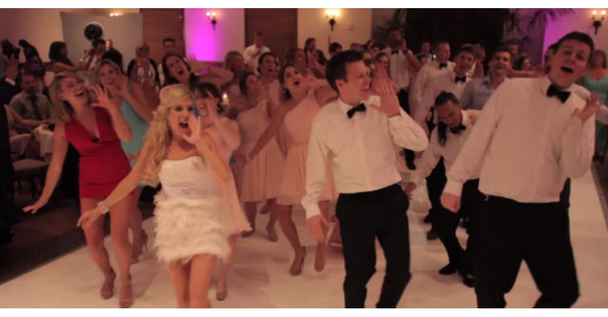 Video: Au vrut un dans DIFERIT la nunta, asa ca au decis sa faca ASTA! Invitatii au ramas fara cuvinte