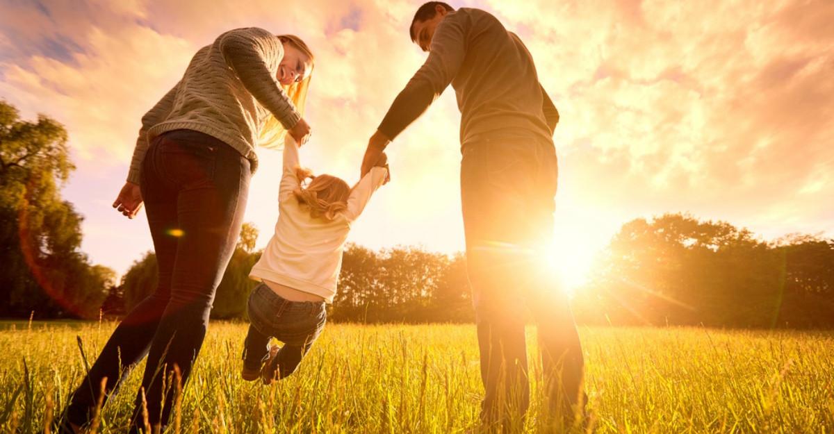 4 Cadouri pe care un părinte trebuie să i le ofere copilului său (nu necesită bani)