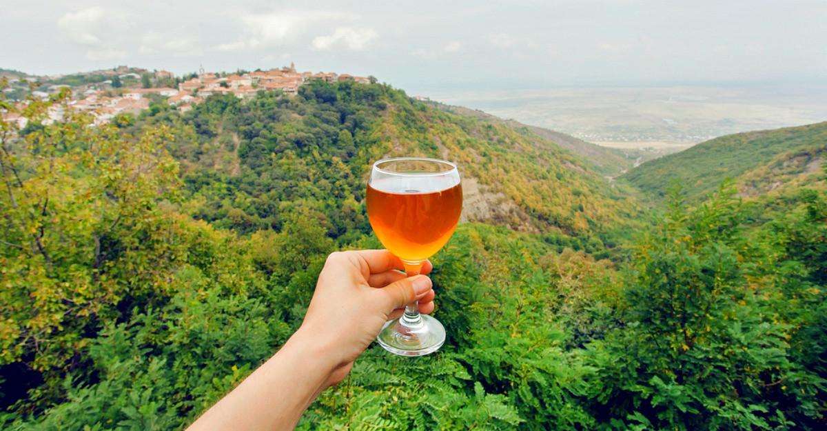 Regiuni viticole: Top 5 destinații mai puțin cunoscute pe care le pot vizita românii