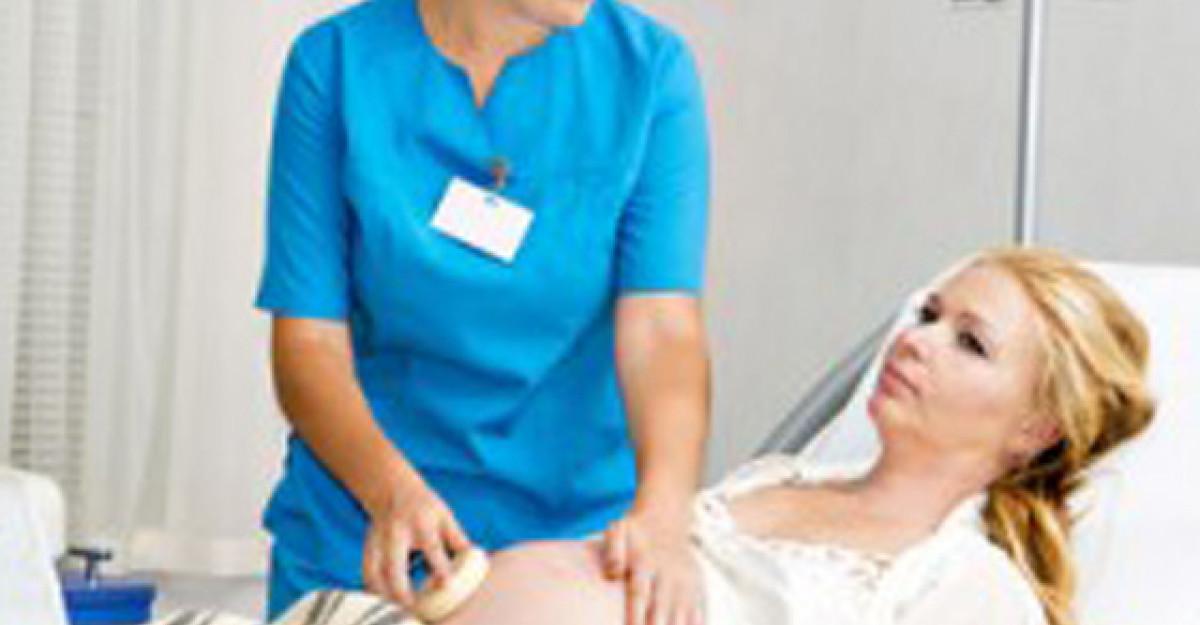 Tot ce trebuie sa stii despre amniocenteza. Beneficii si riscuri.