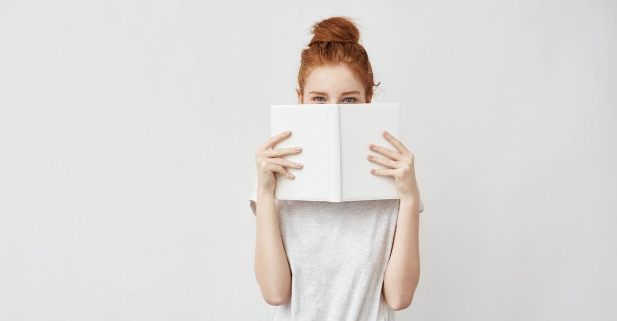 4 cărți MINUNTE pe care trebuie să le citești!