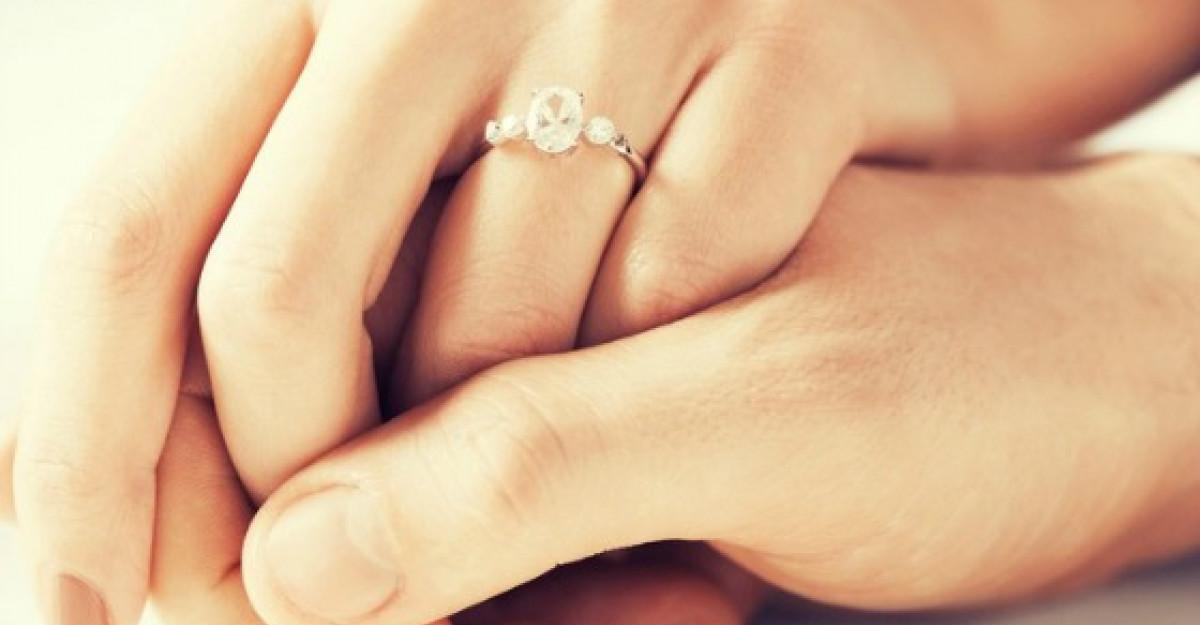 Ce spune lungimea logodnei despre relatia voastra