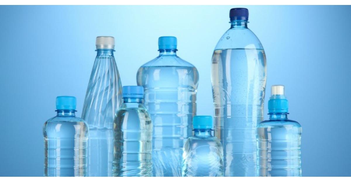 Tu recunosti semnele de pe sticla ta de apa din plastic? Adevarul te-ar putea ingrozi