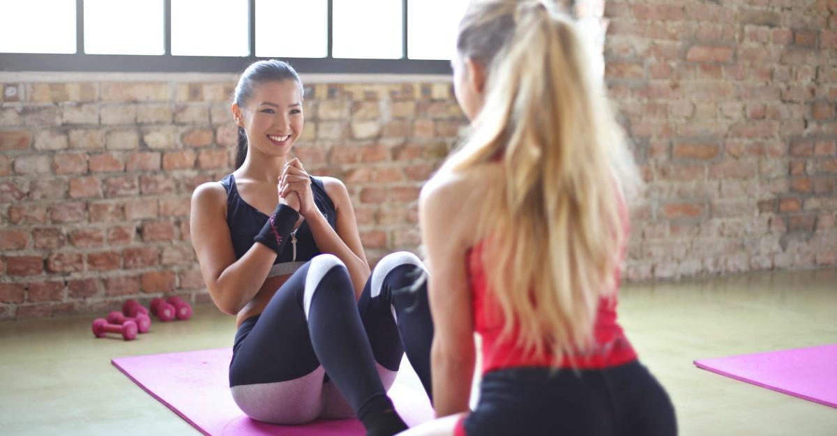 Vrei să fii sexy și când faci sport? Cum alegi echipamentul de fitness care să te pună în valoare!