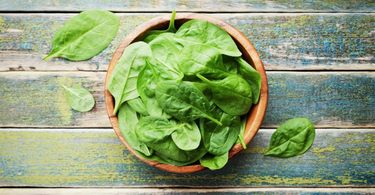 Beneficiile nestiute ale urzicilor, spanacului si leurdei
