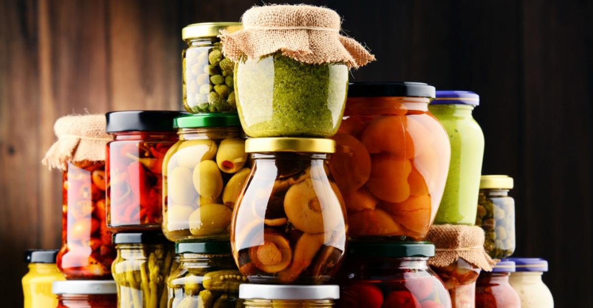Cum sa pastrezi alimentele pentru mai mult timp fara sa le tii la frigider