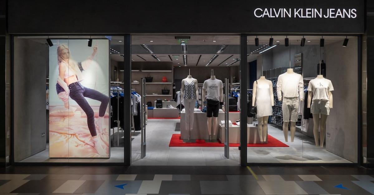 Deschid primele magazine Calvin Klein Underwear și Calvin Klein Jeansîn România