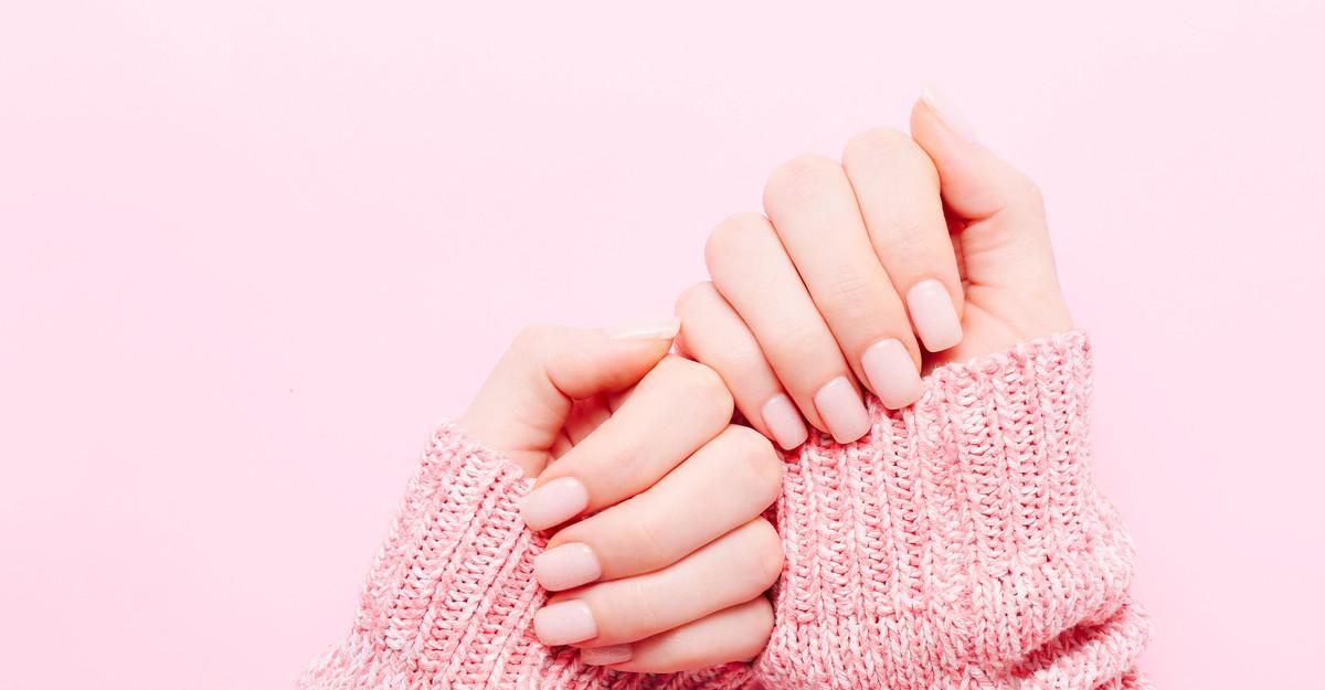 Vrei o manichiură perfectă? Aceste 3 produse îți vor sări în ajutor!