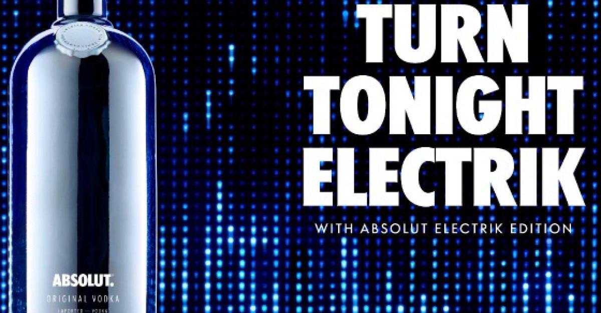 Absolut transforma petrecerile cu noua editie limitata de sticle Absolut Electrik
