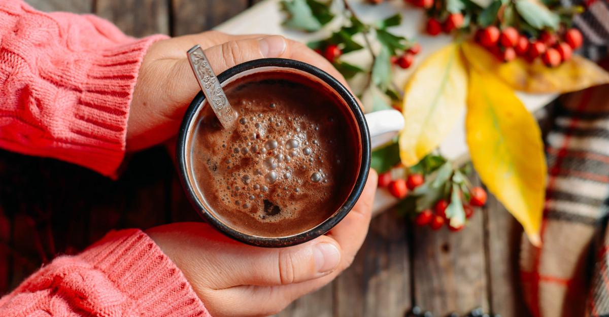 15 citate despre cafea: Cafeaua miroase a Rai proaspăt măcinat