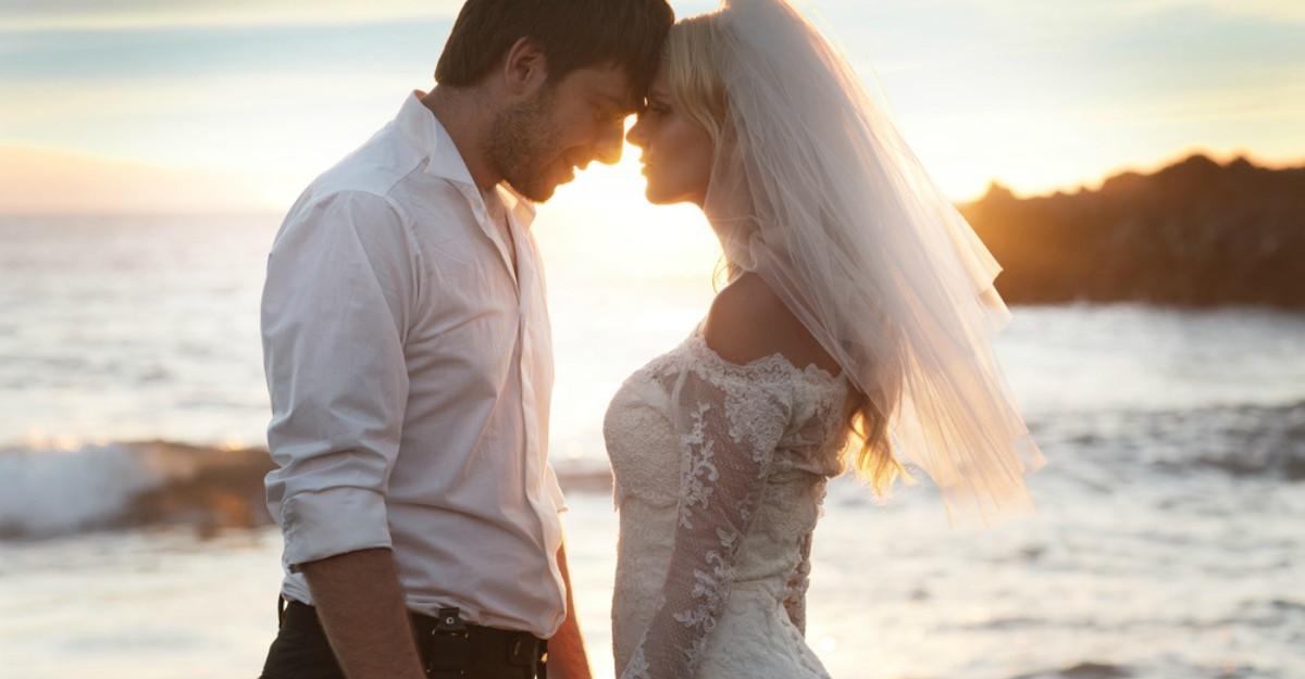 Căsătoria te face fericit? Care sunt cele mai împlinite cupluri