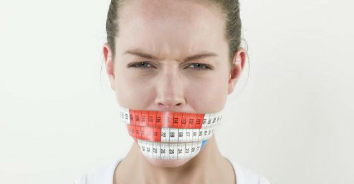10 Riscuri ale dietelor hipocalorice