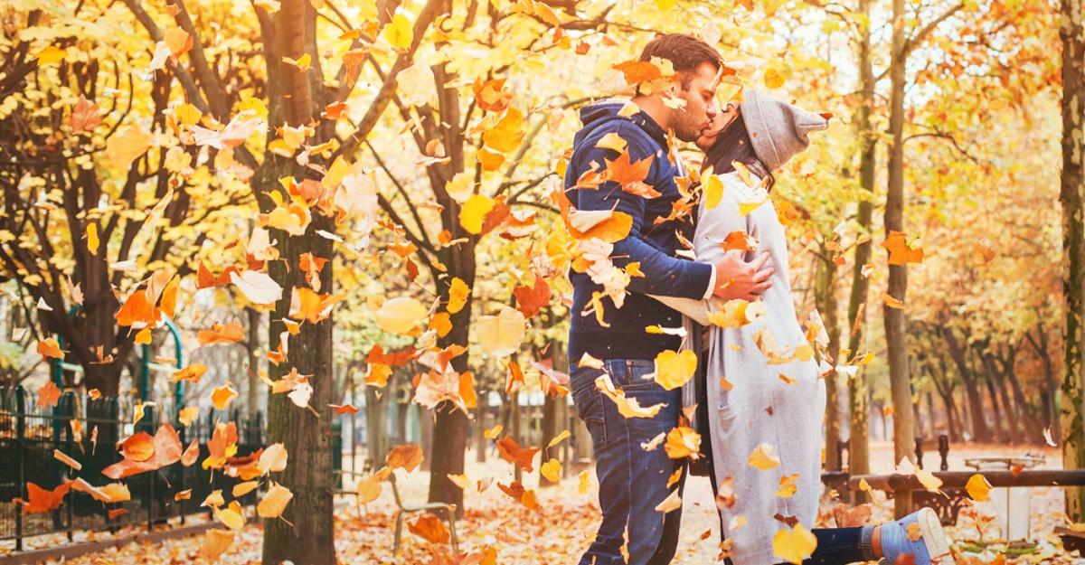 Horoscopul dragostei pentru luna Octombrie: relatiile de iubire trec prin transformari importante