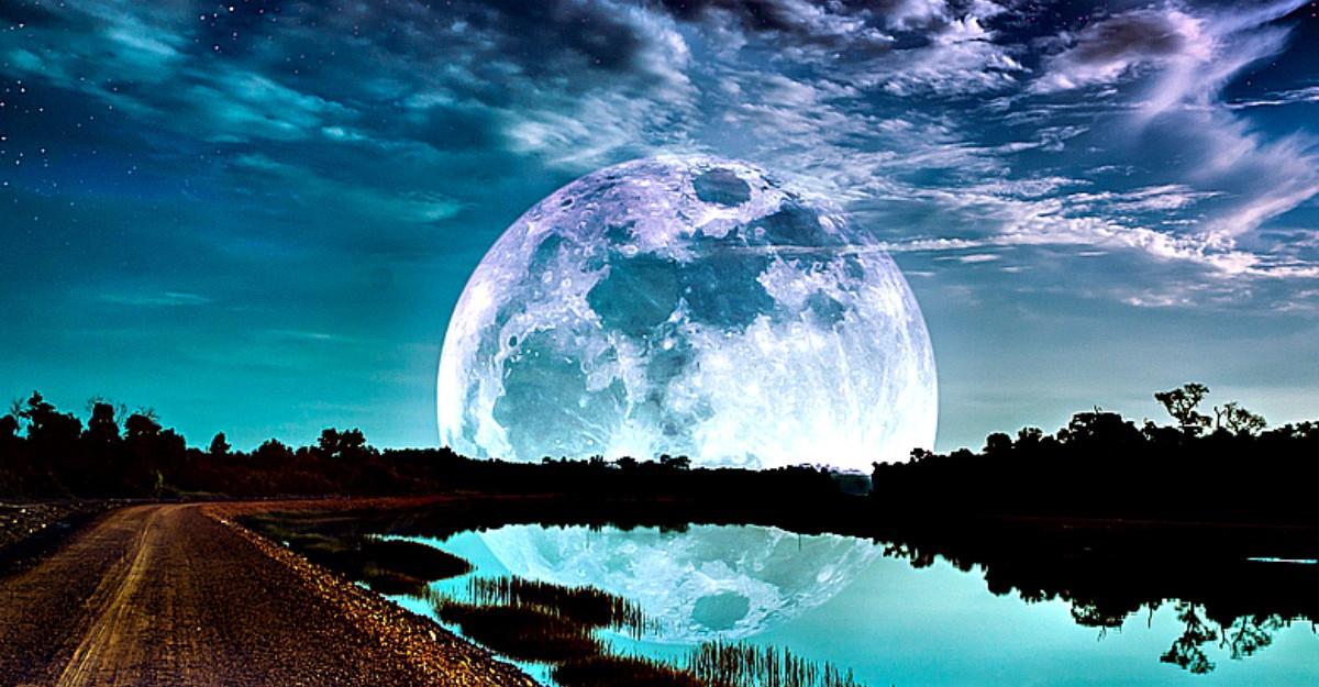 Eclipa de luna din Rac de pe 10 ianuarie ne pregateste pentru o schimbare cosmica