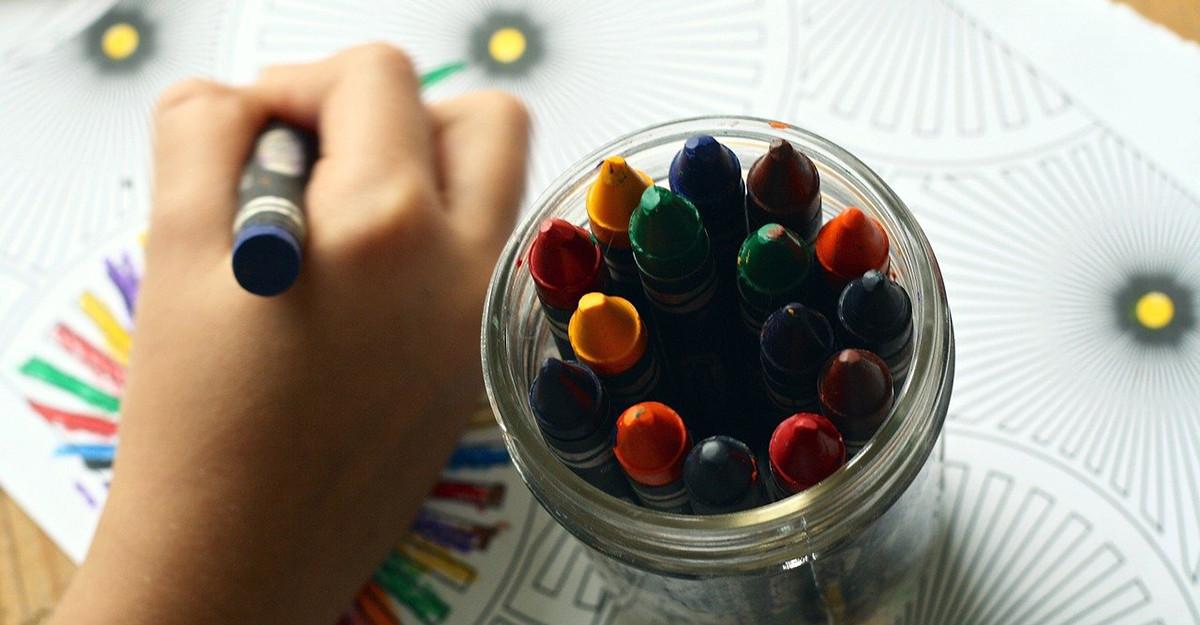 Deficitul de atenție la copii (ADHD): semne pe care le pot observa părinții