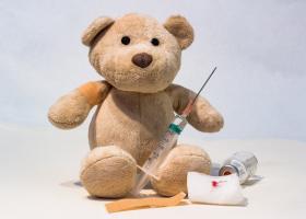 Vaccinarea la copii - riscuri, beneficii, mituri si raspunsuri