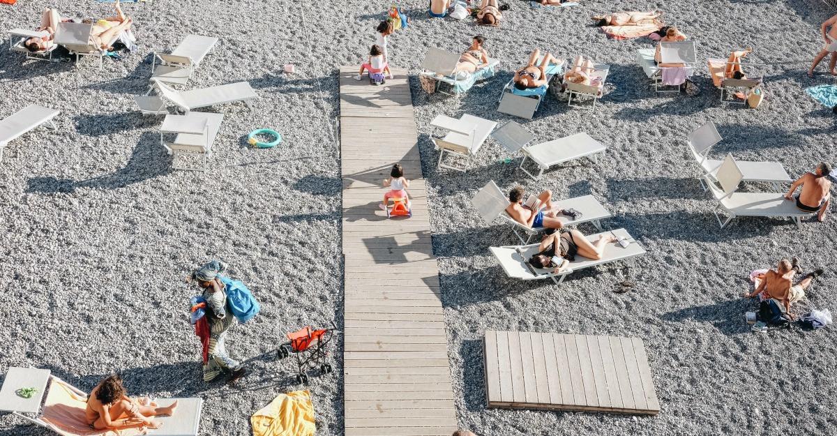 3 riscuri la care te expui atunci cand mergi la plaja
