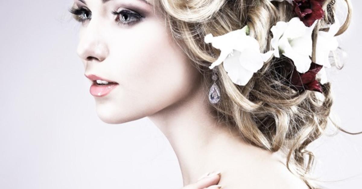 Cele mai frumoase 7 coafuri de nunta inspirate de celebritati