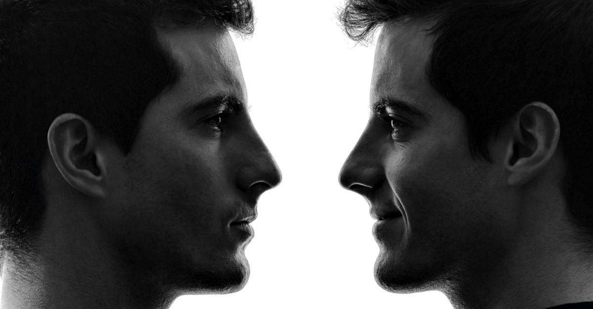 Parerea lui Radu: E cazul sa recunoastem, ne dorim sa fim 2 persoane in aceeasi viata