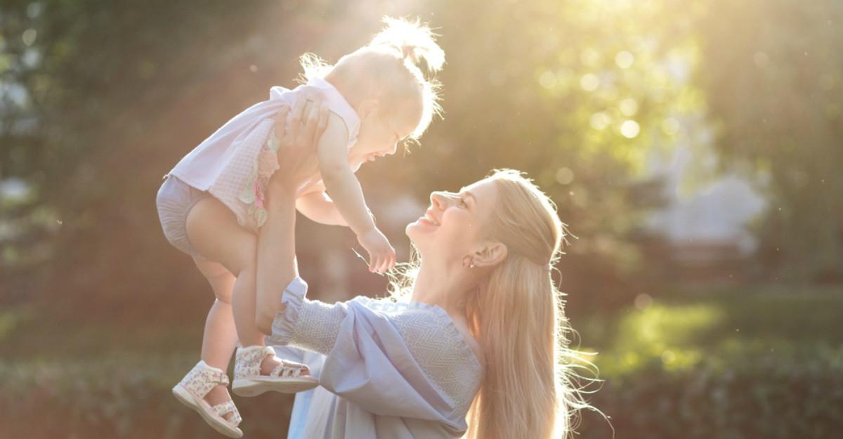 Ce schimbări le așteaptă pe viitoarele mame. Cum să te pregătești fizic și mental pentru un nou membru al familiei